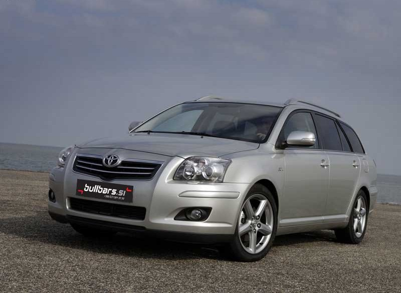toyota avensis wagon kombi 2003 2009. Black Bedroom Furniture Sets. Home Design Ideas